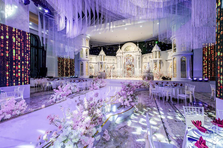 Trung tâm tiệc cưới Hanaka sử dụng hệ thống âm thanh Dynamik Line Array